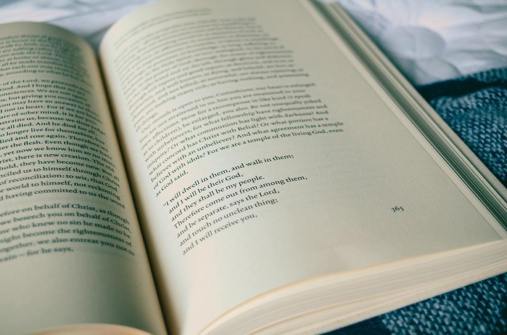 Böcker om teater, musik och kultur
